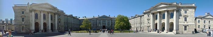 Trinity_College_Dublin,_Parliament_Square